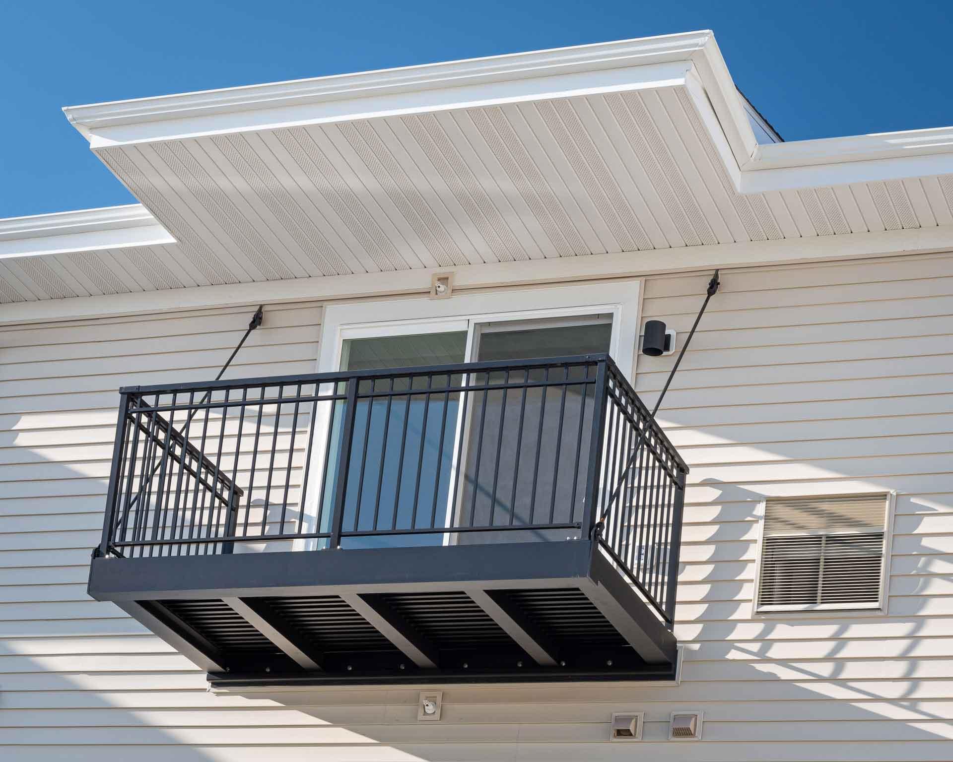 Superior Apartment Deck
